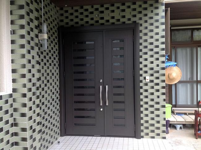 door02