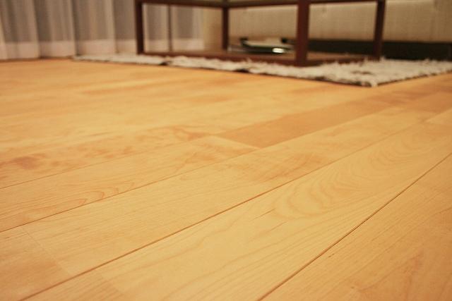 窓際の床(フローリング)のリフォーム