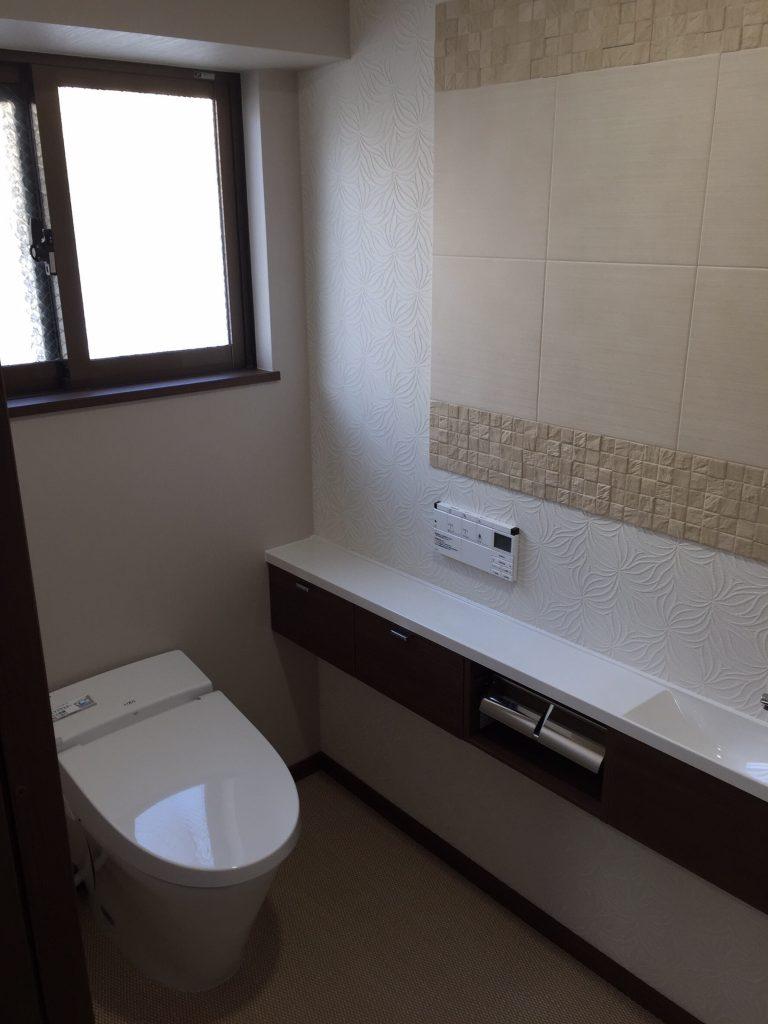 沖縄の2世帯住宅のリフォーム。トイレ施工1。