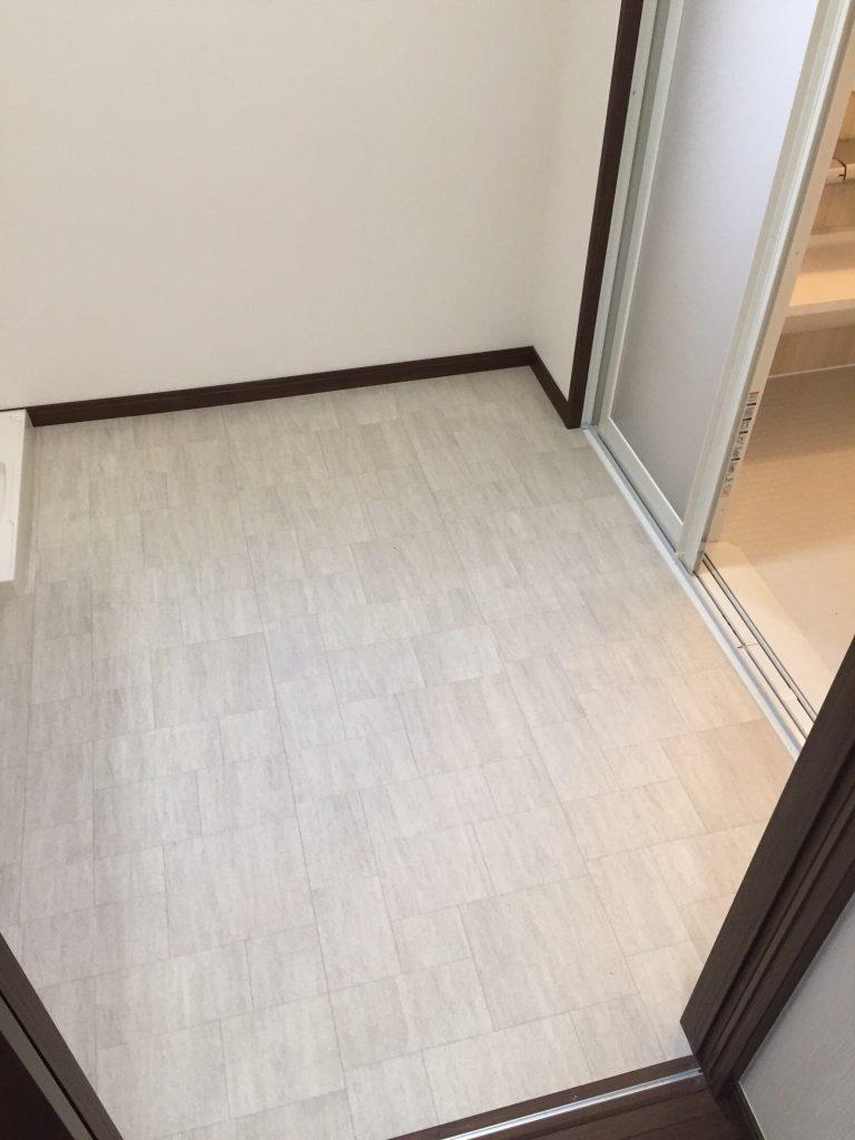 床と壁のリフォーム 施工後 9
