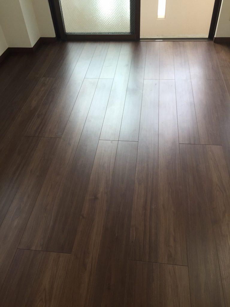 床と壁のリフォーム  施工後 5
