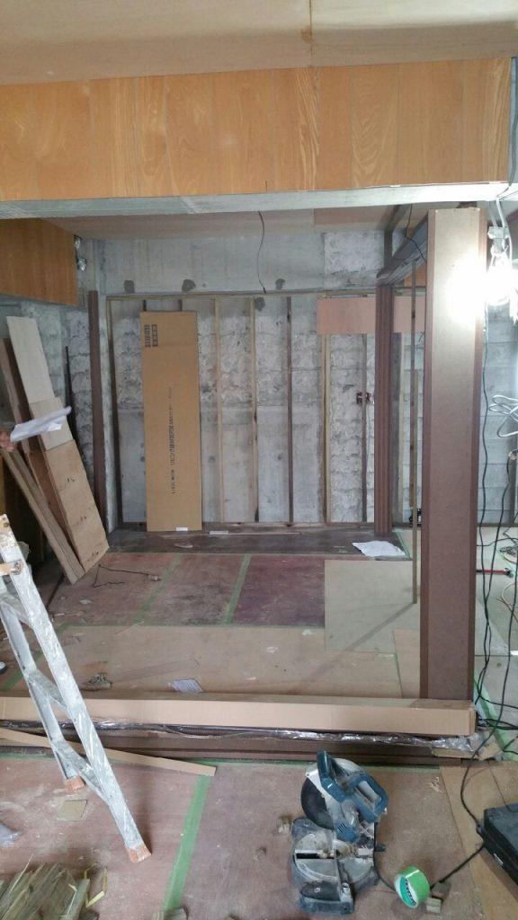 床と壁のリフォーム施工前4