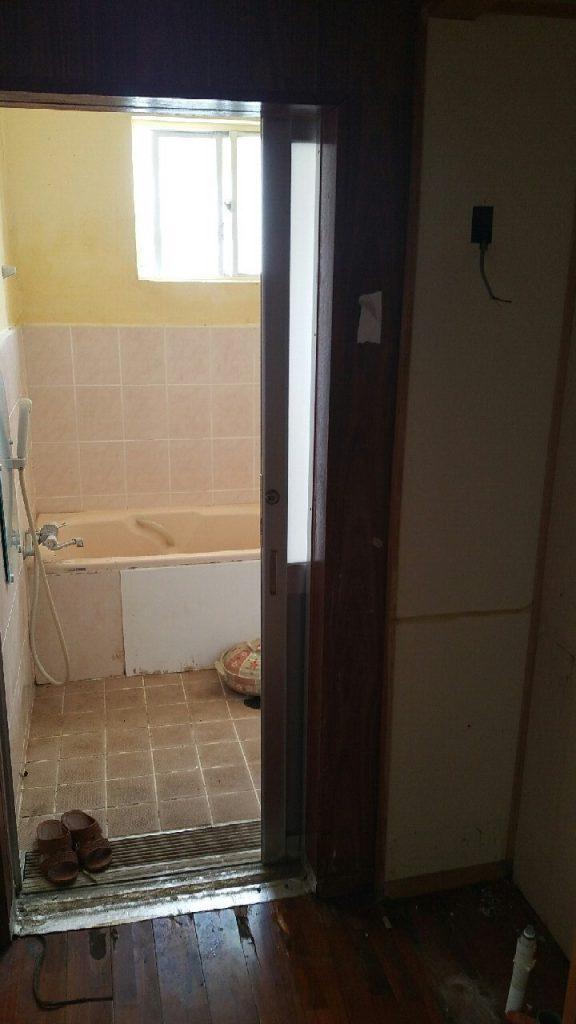 浴室のリフォーム 施工前①