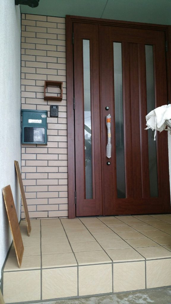 沖縄で玄関のリフォーム施工後 ⑥